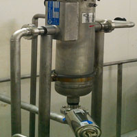 Self-Cleaning Filter